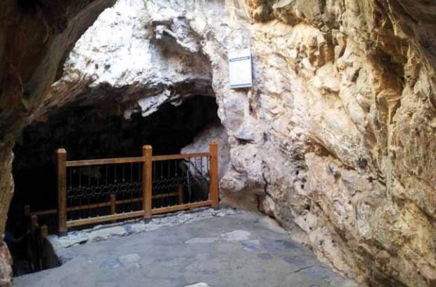 Kuranda Kehf Âyetler Arasında Zikredilen Ashab-ı Kehf kıssası.