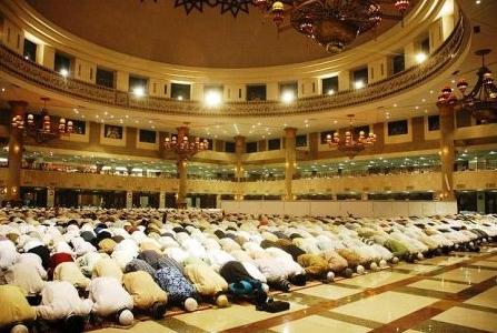 Ramazan ve Kurban Bayramı namazı nasıl kılınır.